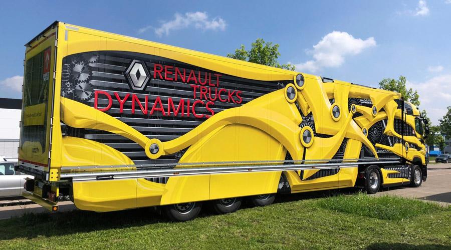 """""""Tour de Dynamics"""" – 3 besondere Renault T High"""