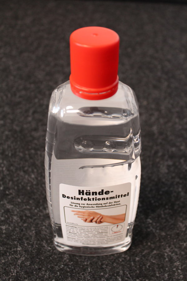 Hände-Desinfektionsmittel
