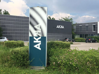erfolgreiches Rebranding für AKKA Technologies: Flotten- und Filialbeschriftung aus einer Hand